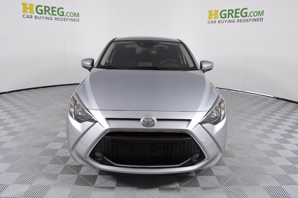 Pre-Owned 2019 Toyota Yaris LE